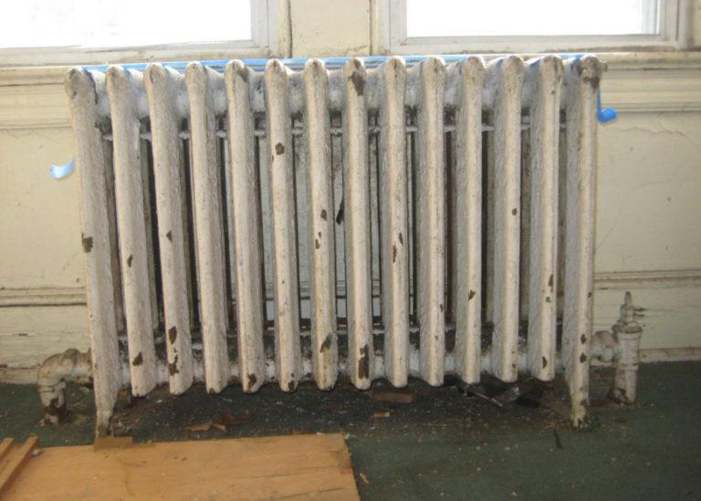 zamena-radiatorov-otopleniya-pravilnyj-podhod-i-posledovatelnost-dejstvij-2